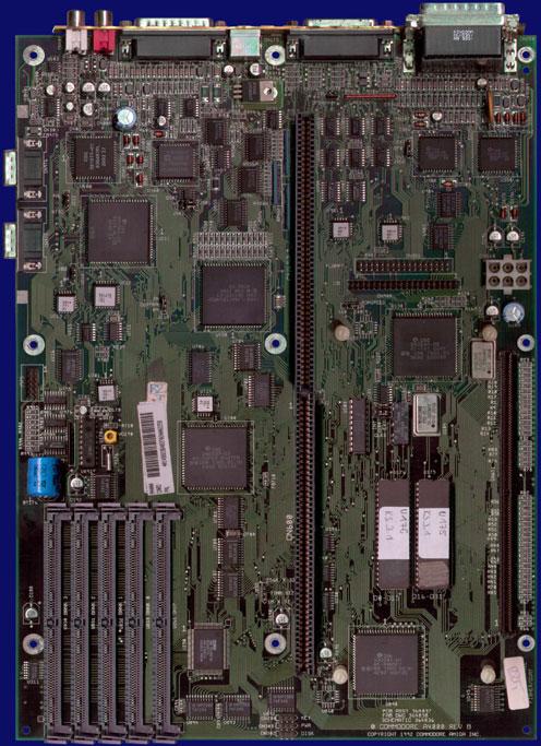 Amiga Hardware Database - Photo Gallery of Commodore Amiga 4000